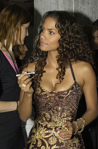 The always lovely Halle Berry. I wonder if she ever feels like Quasimodo?