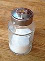 90px-Salt_shaker.agr